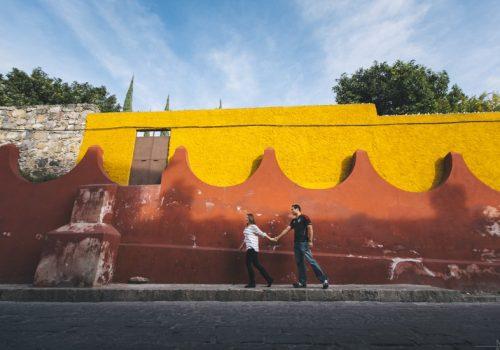 Sesión de pareja de Keniia y Gerardo en San Miguel de Allende, México.