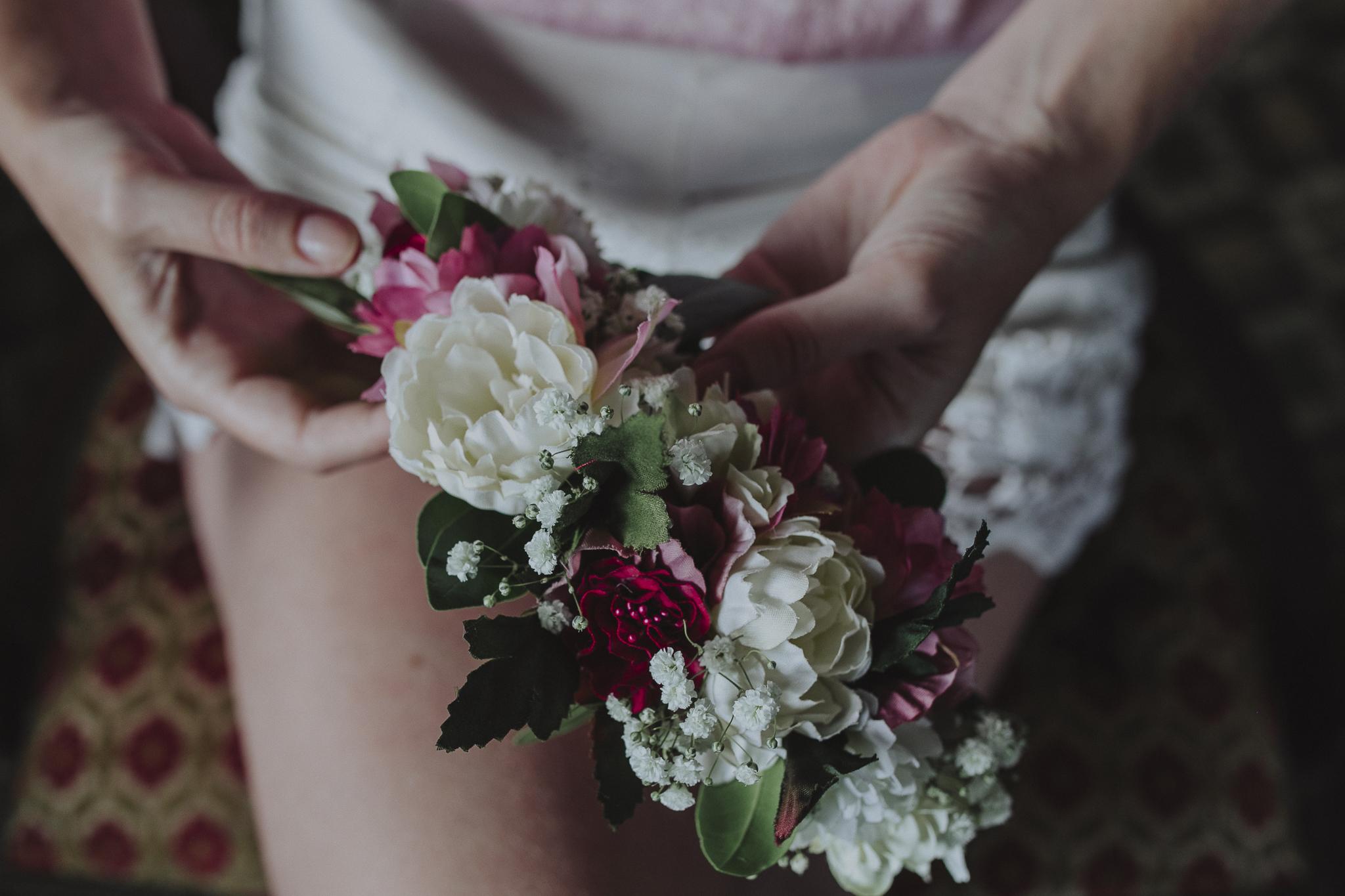 tocado de novia - corona de flores - uruguay - nye