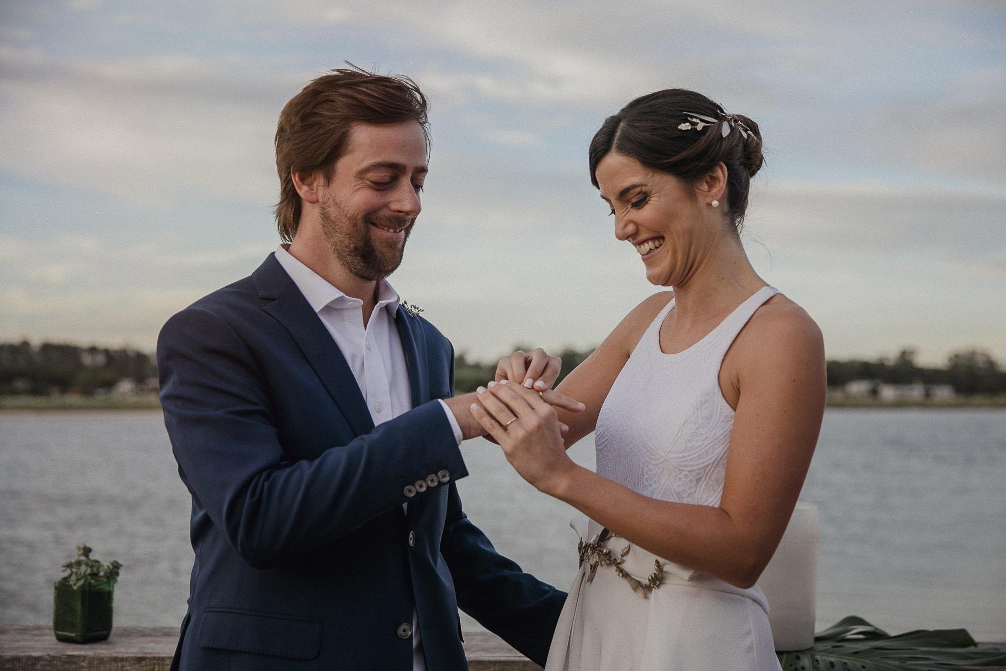 boda en burdeos - boda en la playa al atardecer